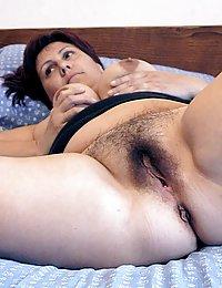 lesbianas coños muy peludos